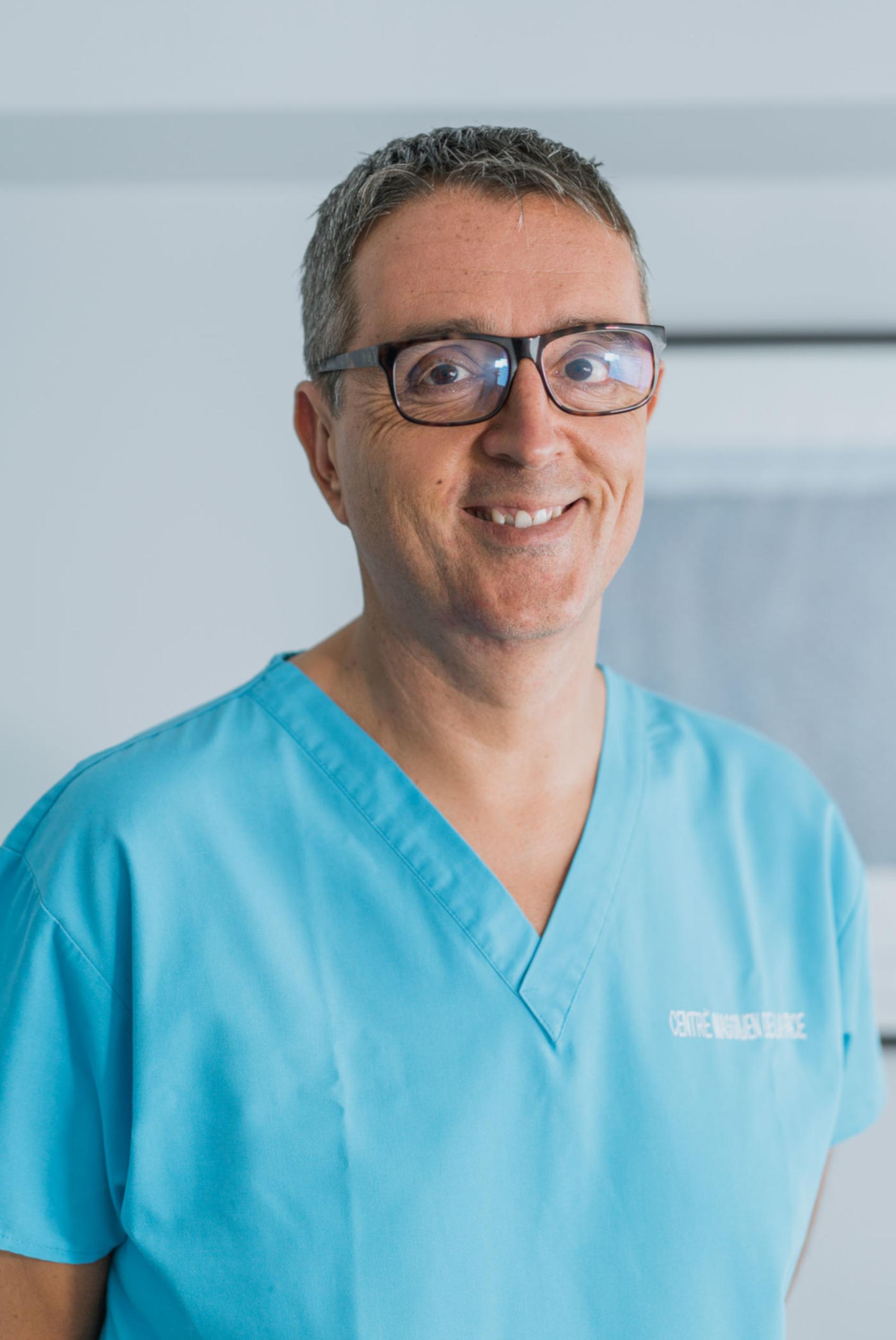 Dr Alexandre Braticevic - Stomatologiste