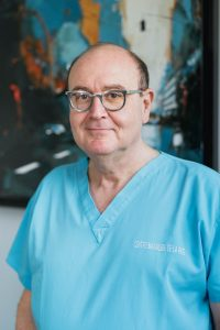 charles-levy-implants-dentaires-marseille